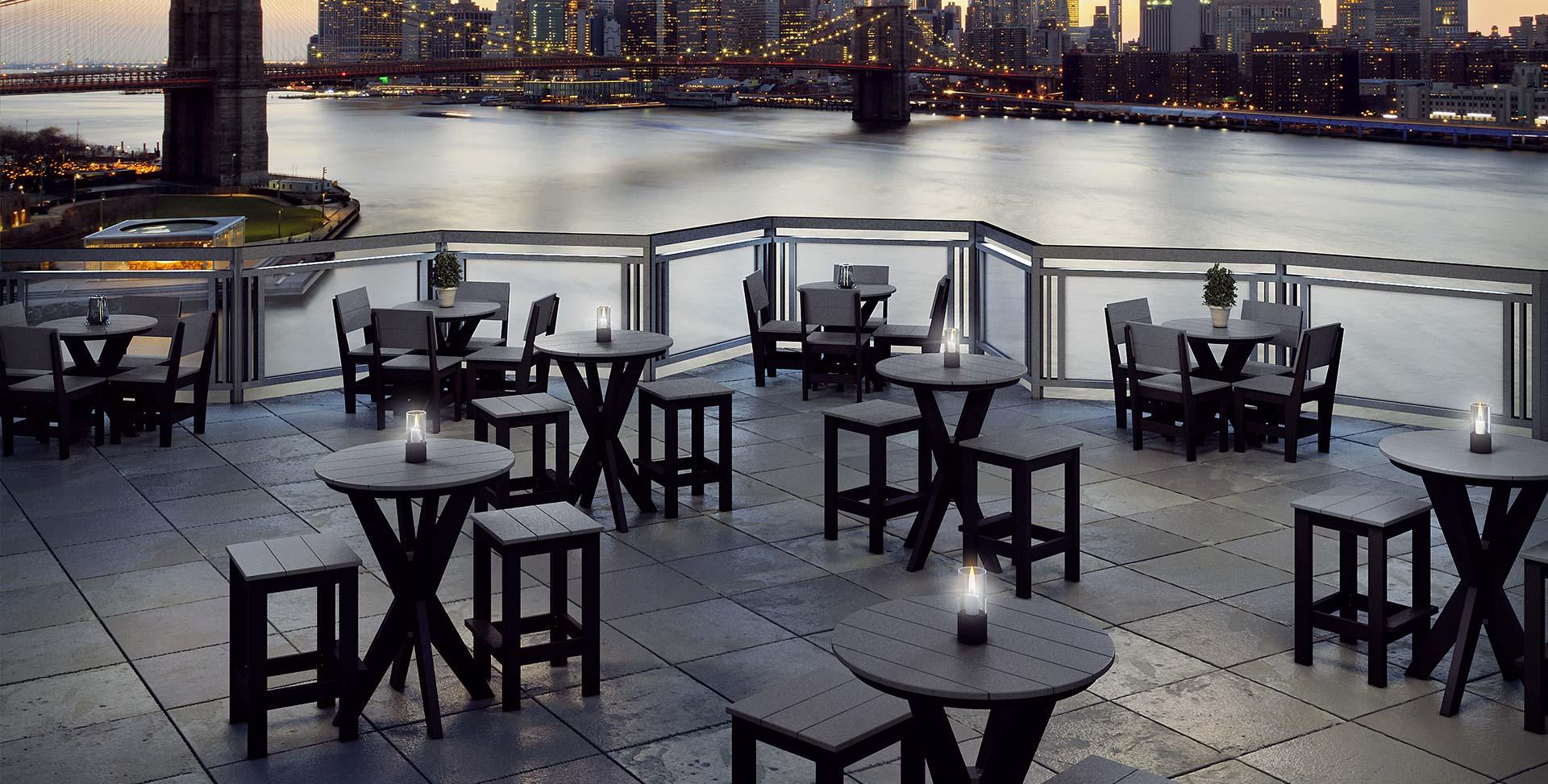 hero-hudson-bar-tables-cityscape